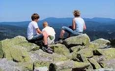 Familie auf dem Gipfel